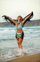Sibel Can spor ve deniz keyfi
