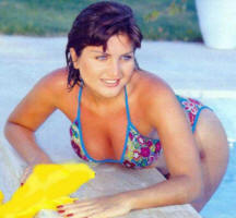Sibel Can havuz sefas�