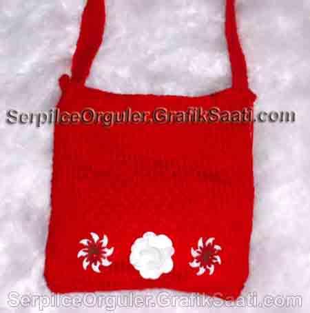 Serpilce.ile Serpilce örgüler örgü modelleri örnekleri modelli örgüler Aplike çiçek süsleriyle süslenmiş kırmızı yün kadın çantası